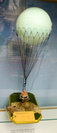 Modern model of Japanese Fugo fire balloon 1 to 500 scale (Henderson Homefront Collection)-2