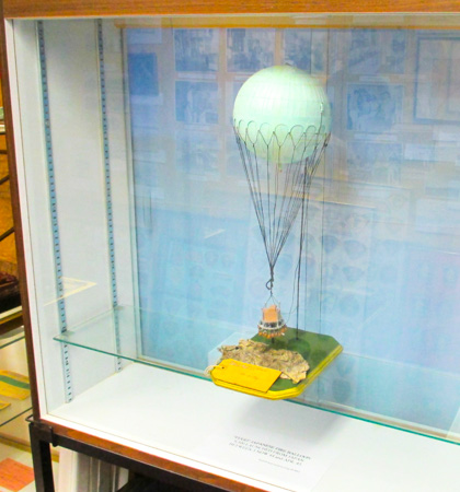 Modern model of Japanese Fugo fire balloon 1 to 500 scale (Henderson Homefront Collection)-3